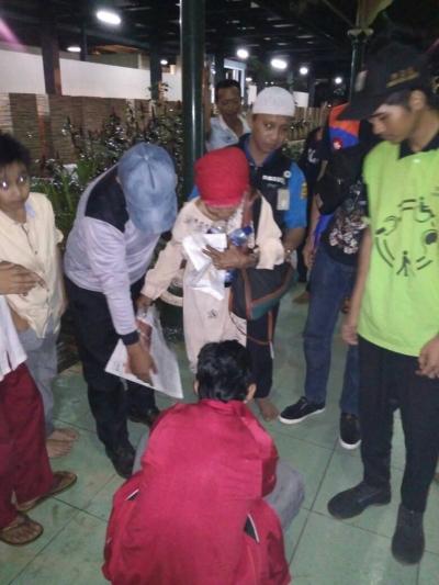 Sudinsos Jakpus selamatkan Lansia terlantar di Masjid Sunda Kelapa