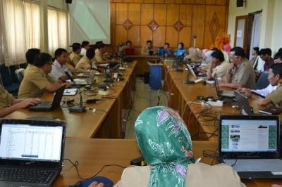 Birokrasi Pemda : Antara Internet, W-LAN dan Kantor Tanpa Kertas