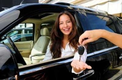 Beli Mobil TDP Rendah, Data Sempurna atau