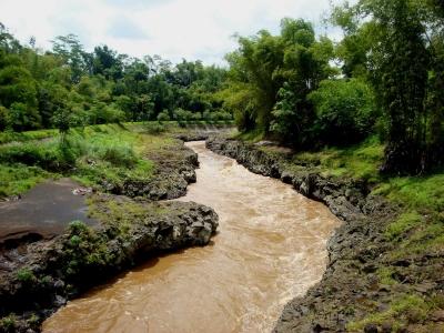 Ke Mana Perginya Sungai Jernih Kami?