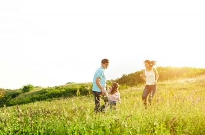 Pilihan Medsos dengan Bijak Demi Ketahanan Keluarga