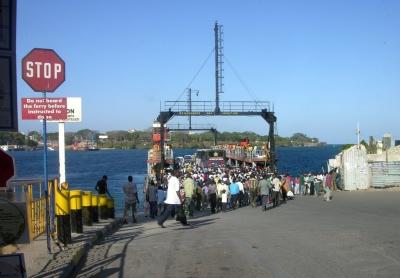 Suasana Kota Pelabuhan di Kenya