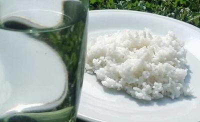 Kisah Nasi dan Air Putih