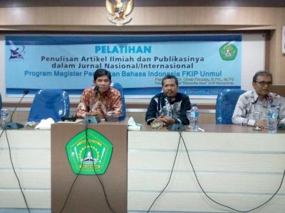 Aktif Geliatkan Jurnal, Dr. Umar Fauzan, M.Pd Jadi Narasumber di UNMUL
