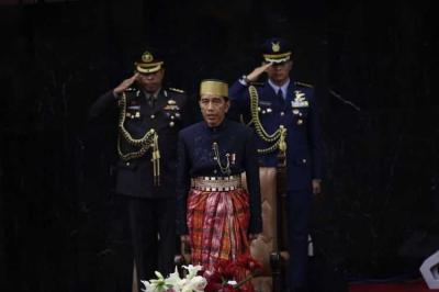 Lagi, Jokowi Andalkan Utang untuk Menopang APBN 2018