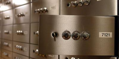 Safe Deposit Box, Tetap Bertahan di Era Dunia Maya