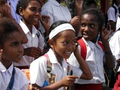 Berbagi Ilmu pada Anak-anak Otoweri, Mencintai Indonesia secara Nyata