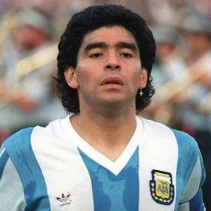 Kisah Ketenaran dan Pengucilan Diri Maradona
