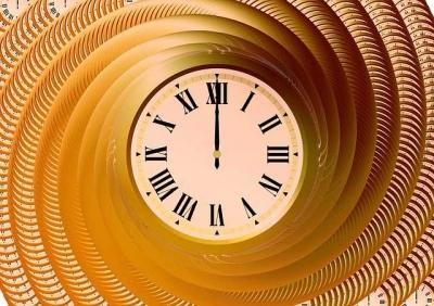 Puisi | Garis Waktu