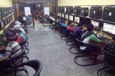 Awas! Bahaya Game Online Merusak Masa Depan Anak