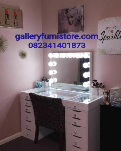 Meja Rias Lampu LED Artis Minimalis Modern Cat Duco Putih Untuk Dandan Artis Jakarta