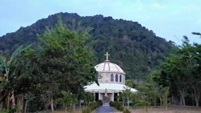Lamanabi: Jalan Tuhan di Kepala Naga