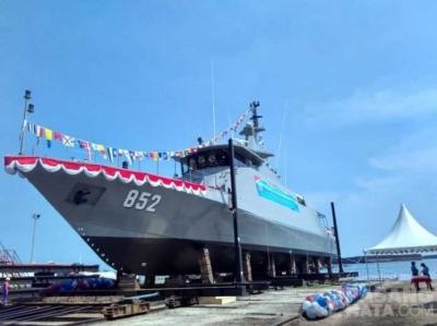 Women Naval Engineer