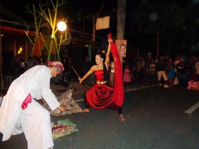 RUWAT DURGA DALAM 8 JAM NONSTOP CAWANG SEGAWE PERKUSI TULUNGAGUNG DI MALAM TAHUN BARU 2016
