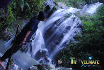 Curug Kedua di Antara Hutan Tropis Bandung