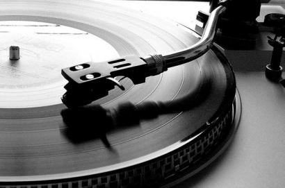 Stop Musik Bajakan!