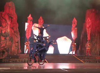 Bobby, Sosok Performer Akrobatik Muda Trans Studio Bandung