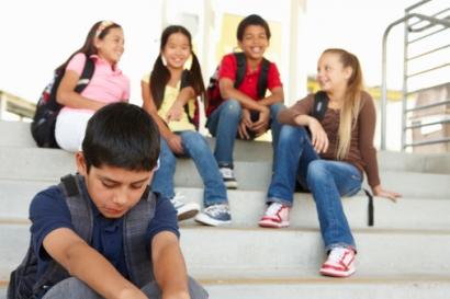 """Arogansi Siswi SMA dan """"Kejamnya"""" Publik Maya"""