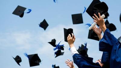 Menyikapi Pekerjaan yang Tidak Sesuai Jurusan Saat Kuliah