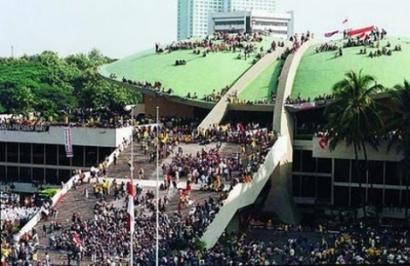 Mengenang Kerusuhan Mei 1998