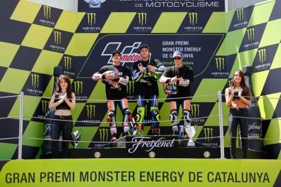 MotoGP Catalunya, Rossi Menang, Lorenzo Jatuh
