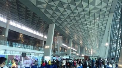 Membuka Indonesia : Berbuka Sambil Buka-Bukaan Terminal 3 Bandara Soekarno Hatta