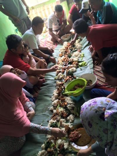 Mengawali Kebaikan dengan Makan Bersama