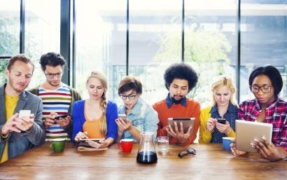 Menjadikan Media Sosial Sebagai Ladang Riset, Bukan Medan Perang