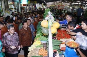 Sinar Mas Land Berikan Bekal Pengetahuan pada Pedagang Pasar Modern