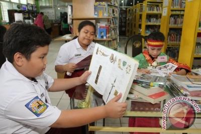 Membangun Sekolah Ramah Literasi