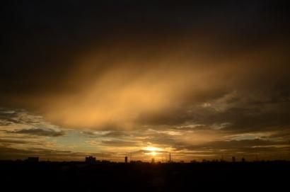 Puisi   Langit Berduka
