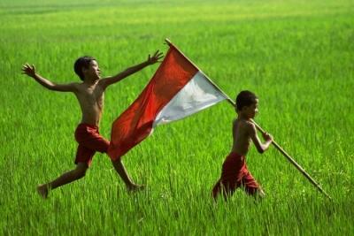 """Narasi Orang Kecil dan Usaha """"Mengembalikan Indonesia"""""""