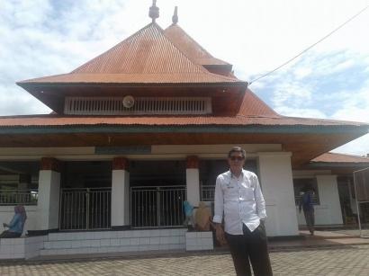 Masjid di Bengkulu Ini Ternyata Dirancang oleh Bung Karno