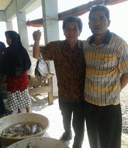 Nyenyore di Bulan Ramadan, Pilih Ikan Segar (1)