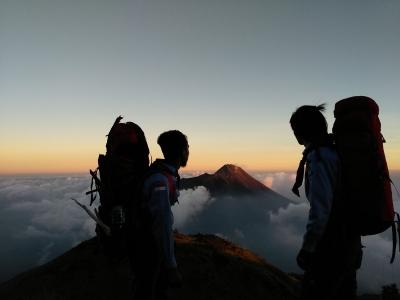 Eksistensi Gunung Merbabu dengan Hikmah-Hikmahnya