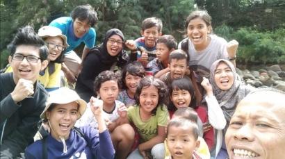 Ini tentang Nyusur Ciliwung di Sukasari, Bogor