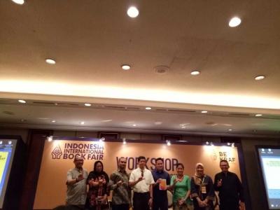 Cintailah Penulis-penulis Indonesia
