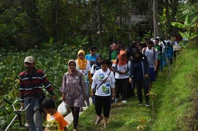 Bebersih Curug, Langkah Awal Laskar Bersenyum Mengangkat Wisata Temanggung