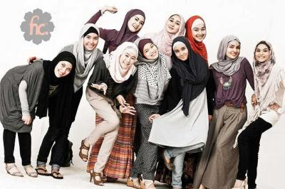 Tips Berbusana bagi Muslimah Career