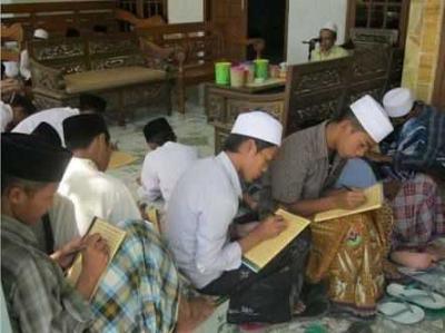 Pesantren sebagai Pelestari Bahasa Jawa