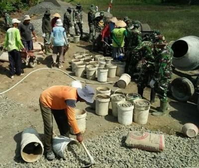 Perbaikan Jalan Daerah Terpencil Oleh TMMD 100 Kodim Kendal