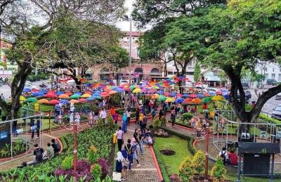 Wisata Bunga di Kota Lama Semarang