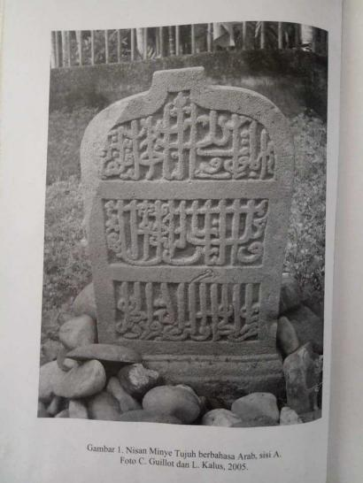 Prosa Penuh Makna di Atas Nisan Kematian