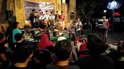 Bhinneka Tunggal KLa di Jazz Mben Senen