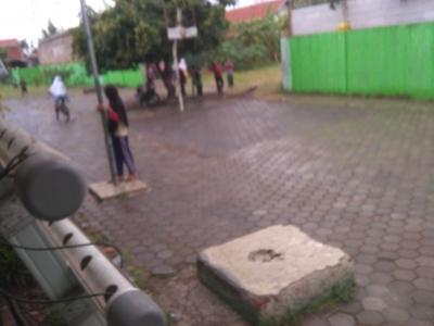 Terjebak Hujan