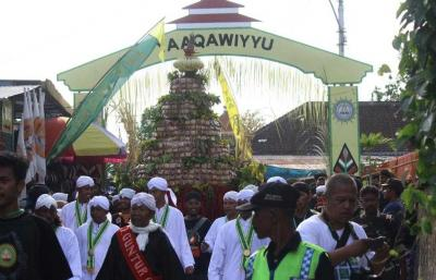 Festival Apem Yaa Qowiyyu, Sejarah Panjang Kolaborasi Agama dan Budaya Lokal