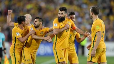 Lintasi Tiga Benua Demi Tiket Piala Dunia 2018