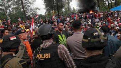 Apa yang Janggal pada Penyanderaan Warga di Papua?