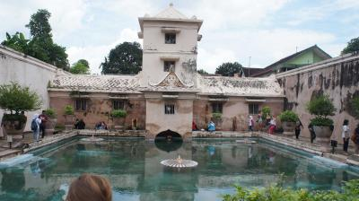 Pesona Sejarah Bernama Taman Sari