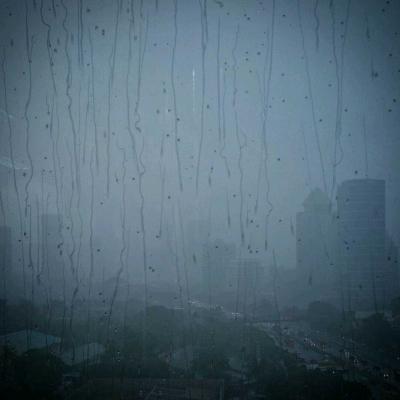 Puisi | Hujan